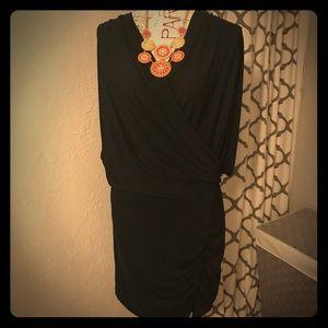 Elegant black cocktail dress 👗